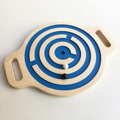 jeu-de-billes-et-d-equilibre-victori-labyrinthe-en-bois