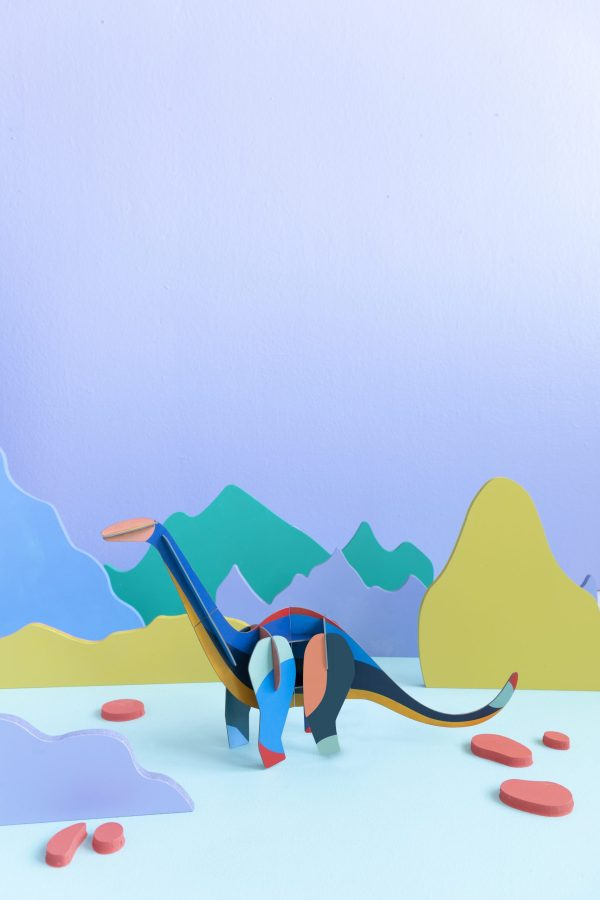 giant-diplodocus-ambient-scaled