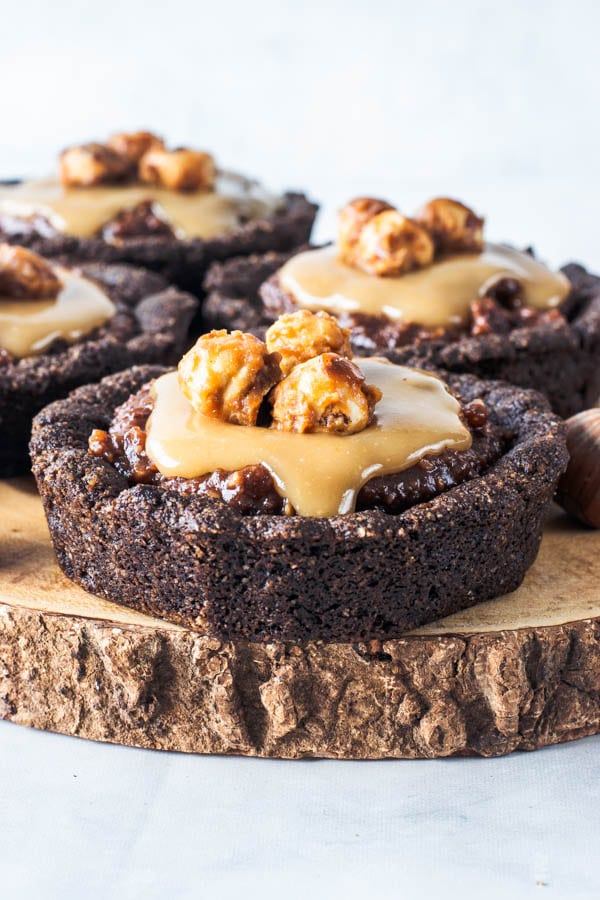 Hazelnut Vegan Chocolate Tarts with Vegan Caramel Sauce