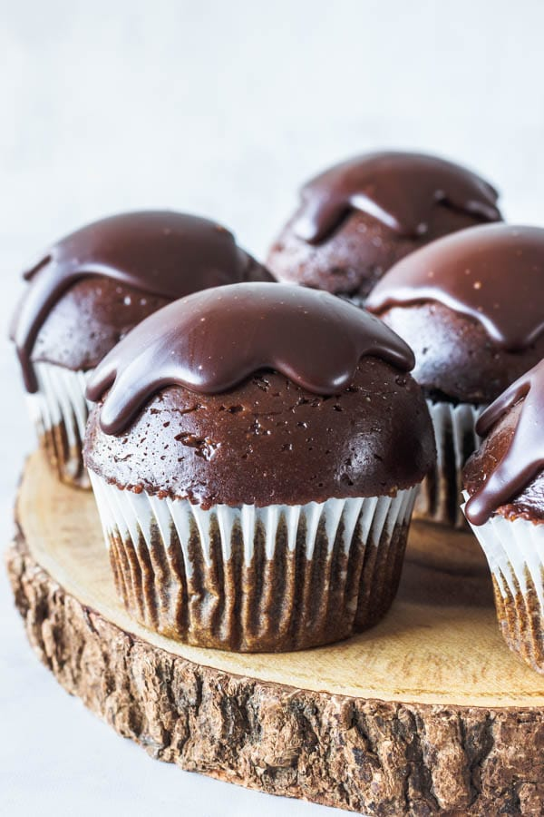 Chocolate Mousse Vegan Cupcakes