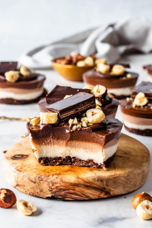 vegan hazelnut cheesecake
