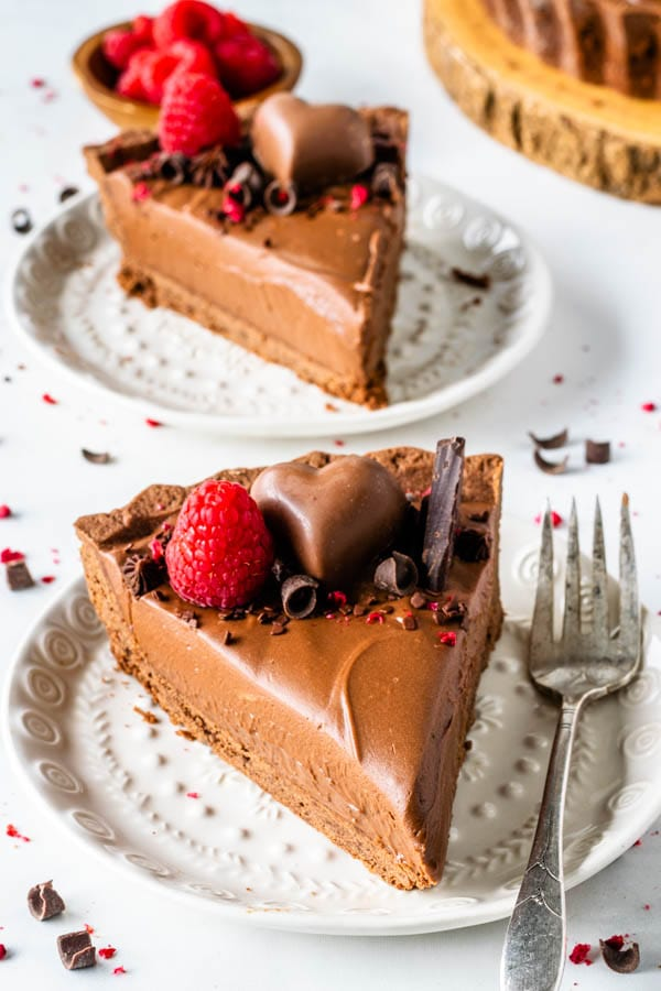 No-Bake Chocolate Cheesecake slice