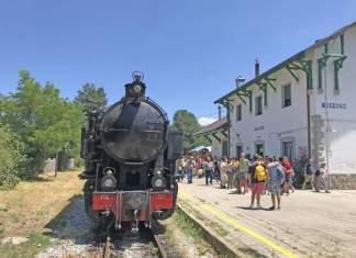 treno stazione moccone