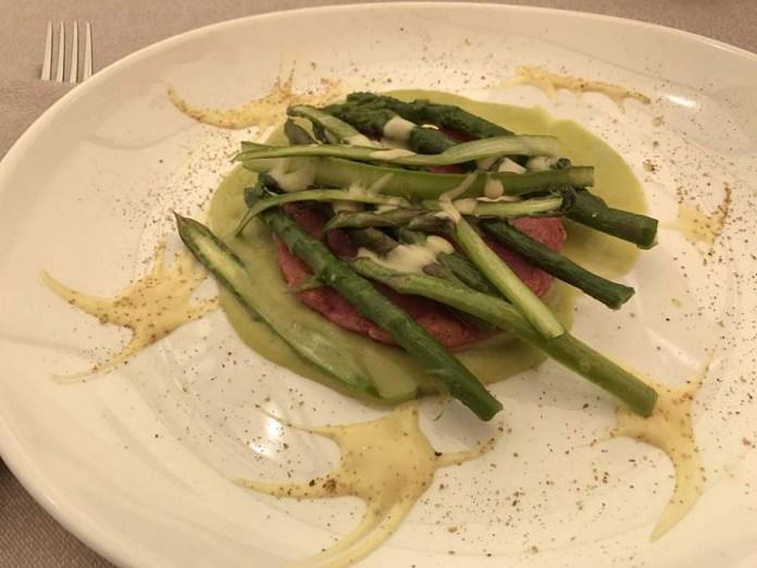 antipasto asparagi canederli
