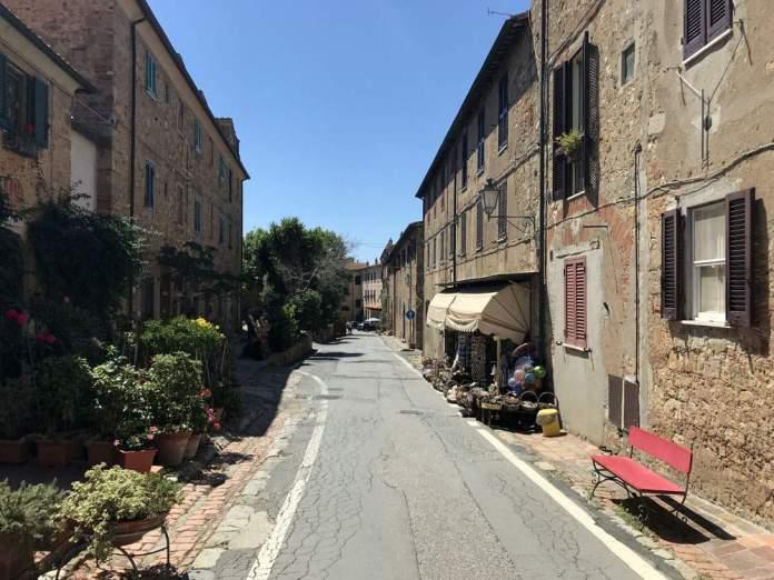 bolgheri centro storico alta maremma