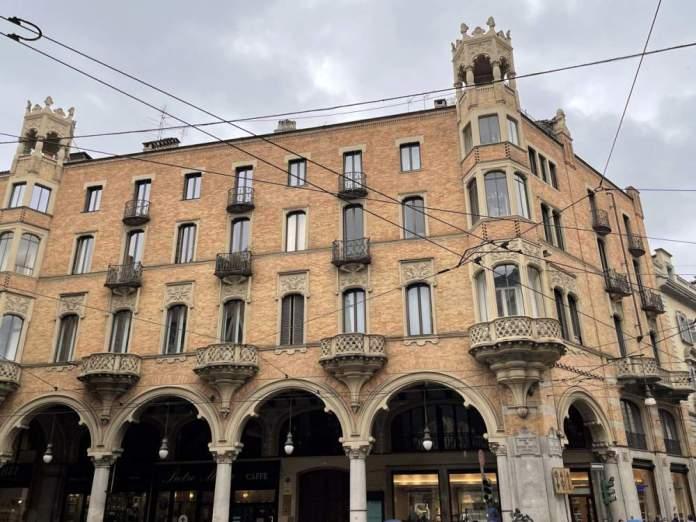 palazzo bellia stile liberty torinese