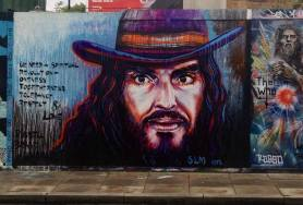 I used to think this guy was an arse, it's amazing what meditation can do for your state of mind! We need a spiritual revolution - oneness, togetherness, tolerance, respect & love. Russell Brand