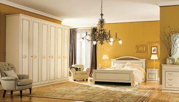 Camera Pitti con letto Orchidea e gruppo Opera – Pignoloni