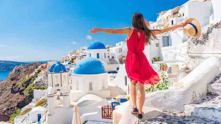 cheapest way to travel to Greece