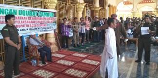 Hukuman Cambuk Pertama di Aceh Selatan (PM/Hendrik Meukek)