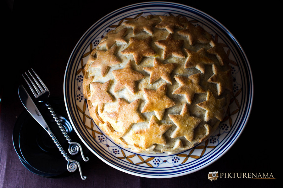 Chirstmas cake with almond paste frosting 4