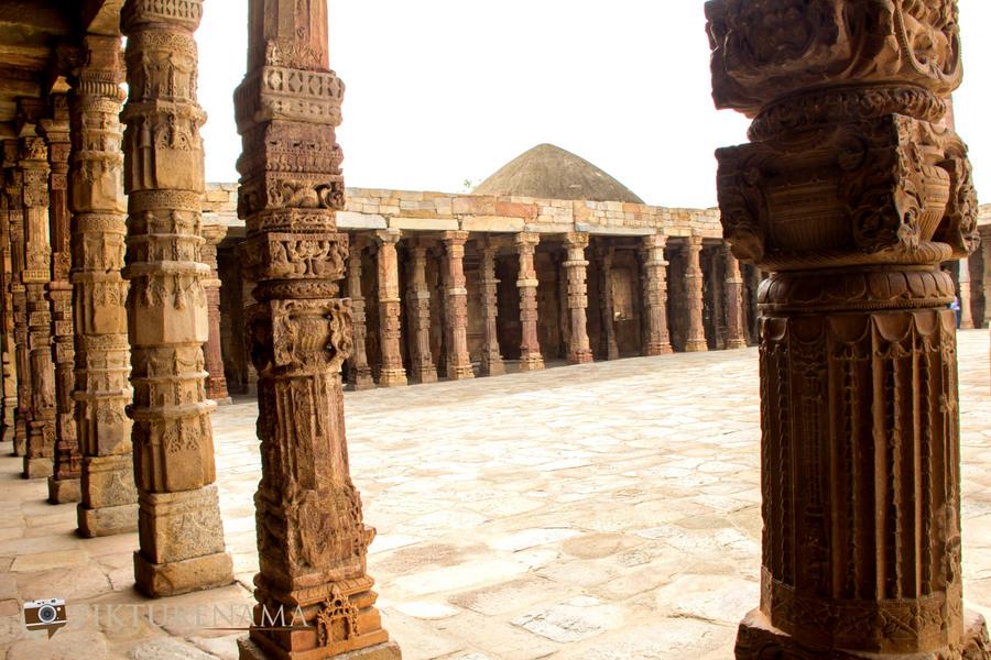 Qutub Minar and Qutub complex - 50