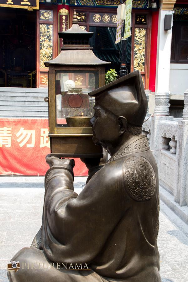 Wong Tai Sin temple HongKong and Man Mo Temple 22