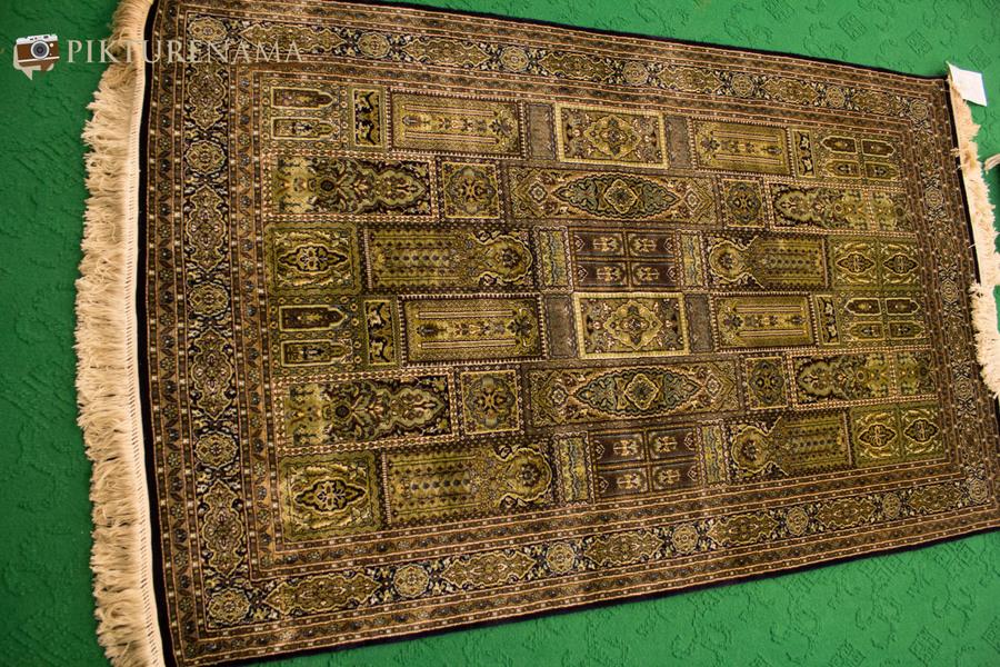 Faces of Kashmir carpet weaver 11