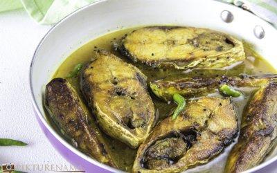 Ilish Begun Jhol / Ilish and eggplant curry bengali style