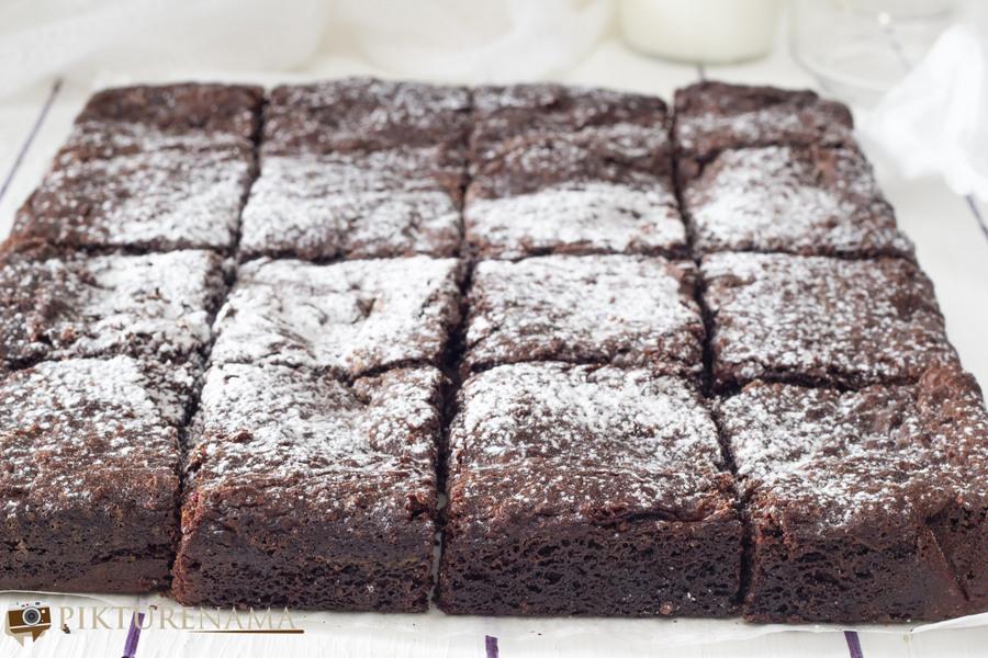 Everyday Brownies by Nigella Lawson   pikturenama 4