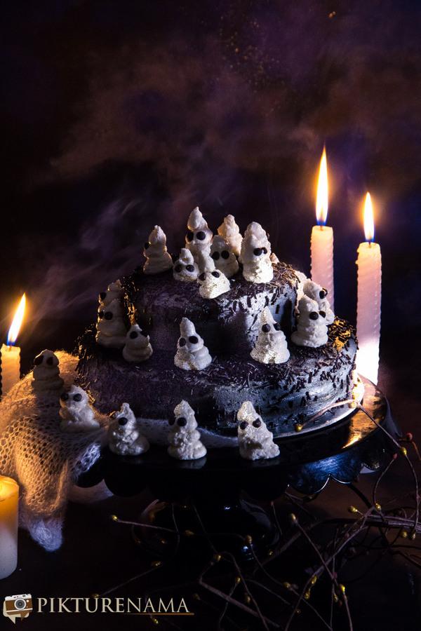 Halloween Ghost cake - 10