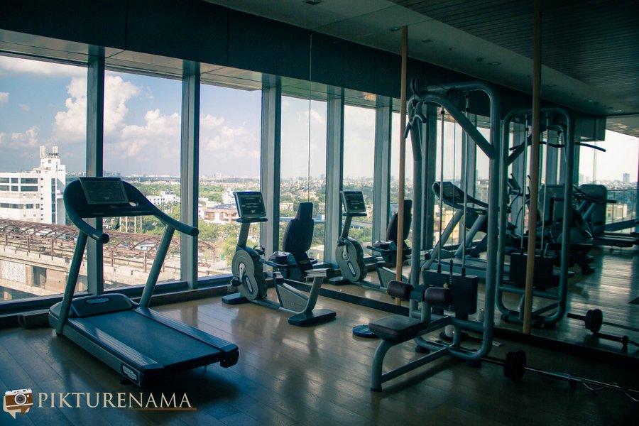 Vivanta Kolkata EM Bypass fitness centre