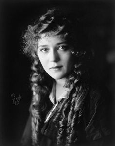 A beautiful picture of Mary Pickford
