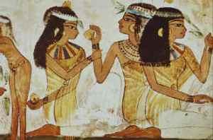Donne egiziane. I loro antirughe erano costituiti da preparati a base di ingredienti naturali