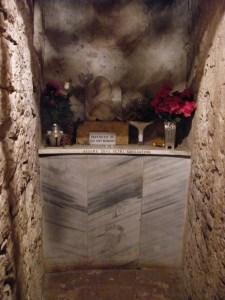 La célula en la que estaba encerrado después Celestine V abdicó, en el castillo de Fumone