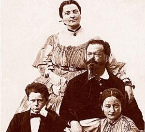 """Retrato de la familia de Vittorio Emanuele II con & quot; bella Rosina"""" y los niños"""