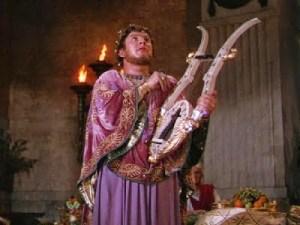 O inesquecível Peter Ustinov desempenha Nero em & quot; Quo vadis & quot;? Nero amava cantar e tocar a harpa