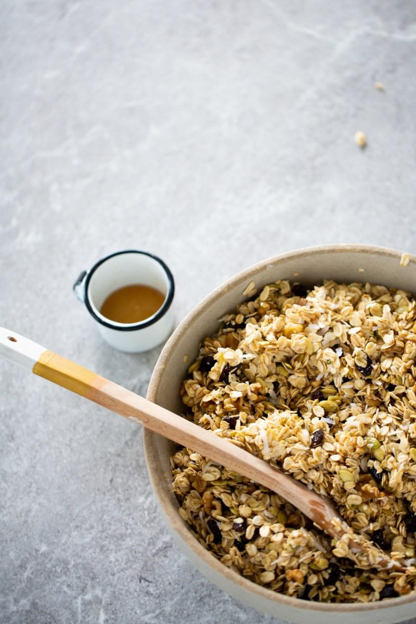 granola hecha en casa antes de meterla al horno