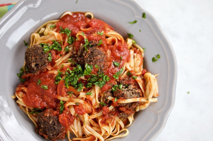 Spaghetti and meatballs.piloncilloyvainilla.com