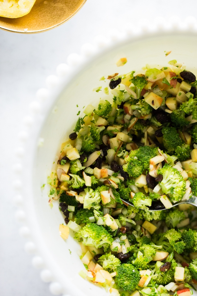 Best vegan broccoli salad