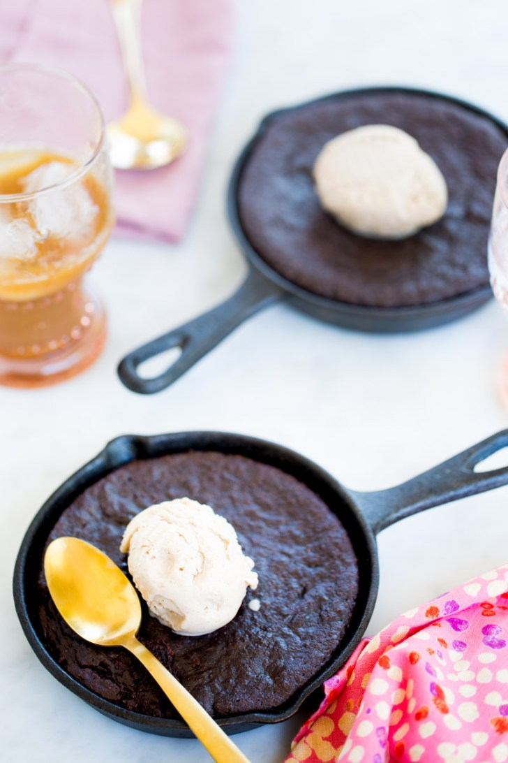 Receta vegana de mocha brownies, brownies con cafe.