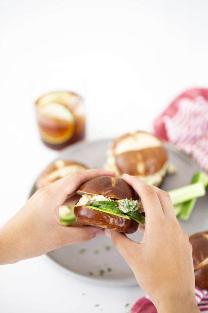 sandwich de atún vegano