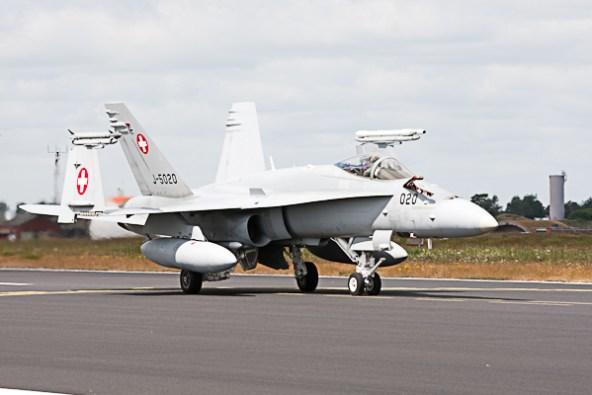 FA-18_CH_J-5020_020_FA-18C_11St_Schleswig-Jagel_2014-06-23_522D1596PV
