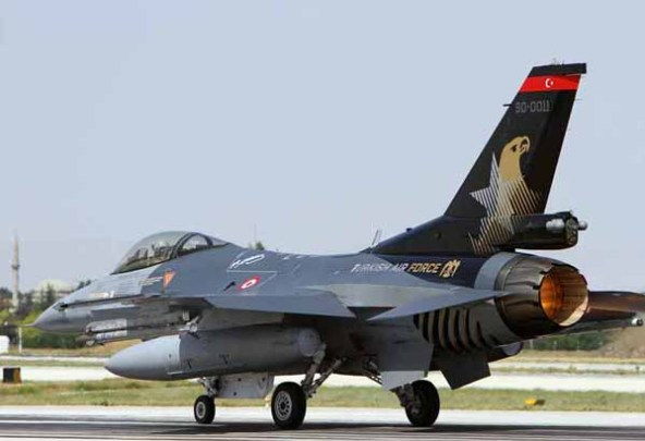 IMG_2835_Remco_Boudewijn Melvin Jansen_TurkAF_F-16C_90-0011