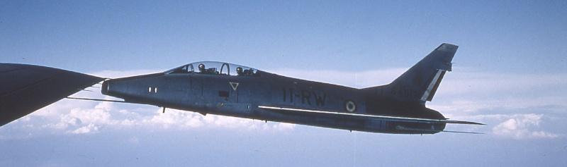 F 100 en vol