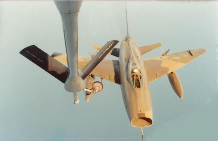 F-100D_Ravito