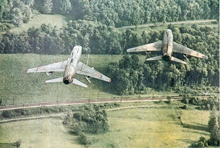 F-100D en patrouille