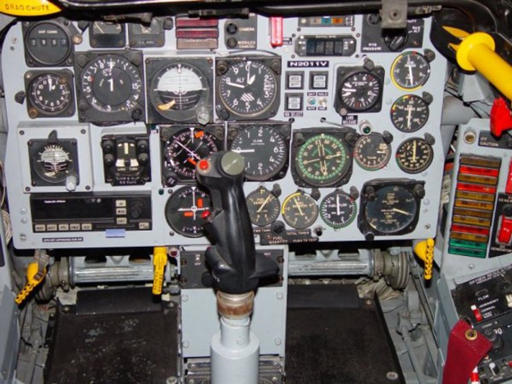 La cabine du F100
