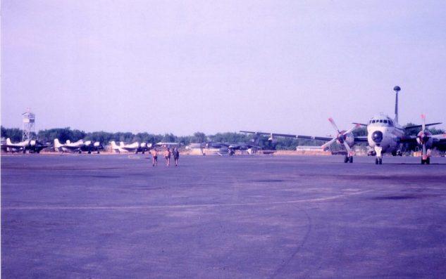 N'Djamena le parking : Atlantic, AD4, Jaguar (