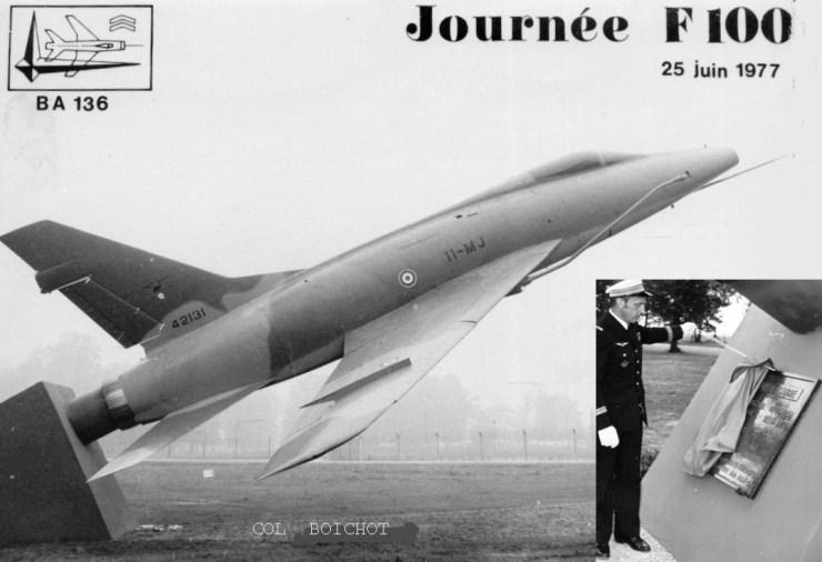Le colonel Boichot inaugurant la stèle F 100