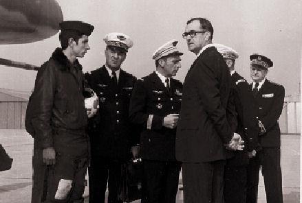 La visite du ministre de la Défense, Mr BOURGES