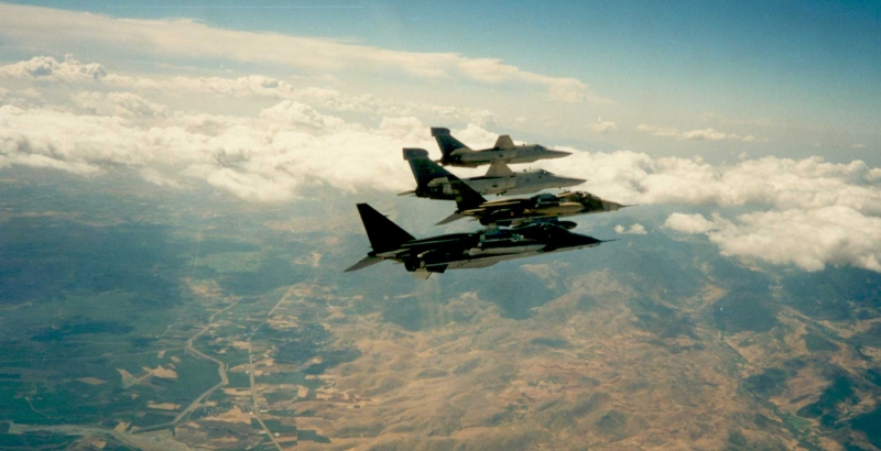 1993 Opération DENY FLIGH patrouille mixte