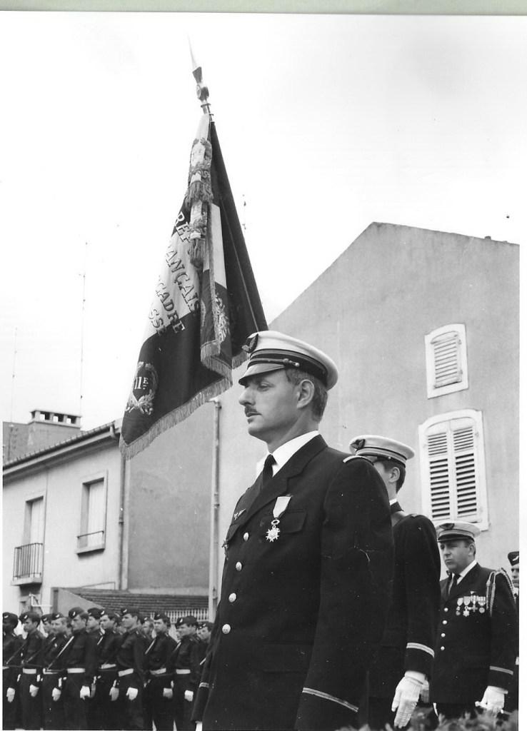 La Fouine lors de la remise de la médaille militaire