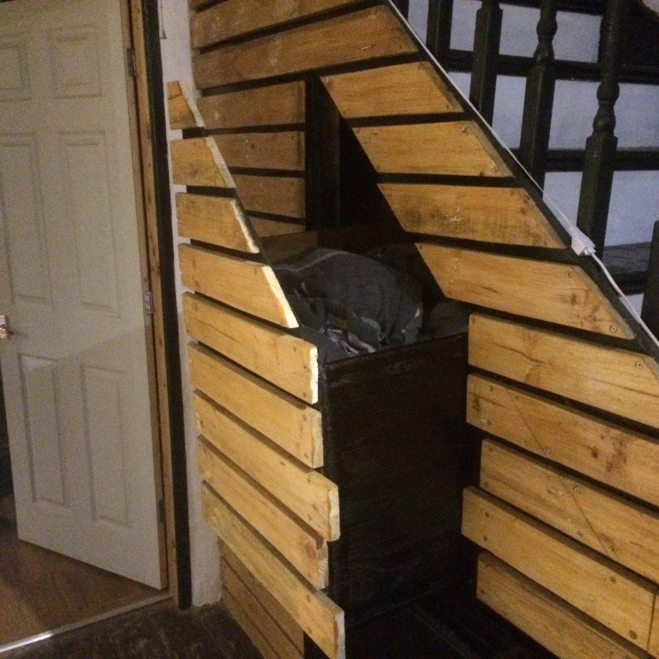 pulot-woodwork-hallway-draw