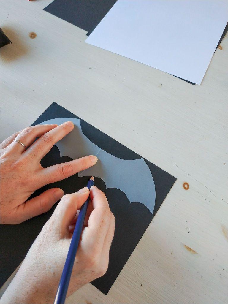 Bat-tutorial: cómo hacer un murciélago para Halloween, reciclando   Pimienta y Purpurina