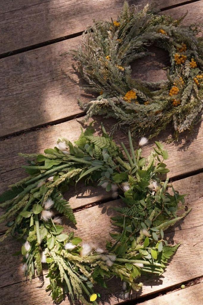 Sommerkranz binden Anleitung mit Wiesenblumen
