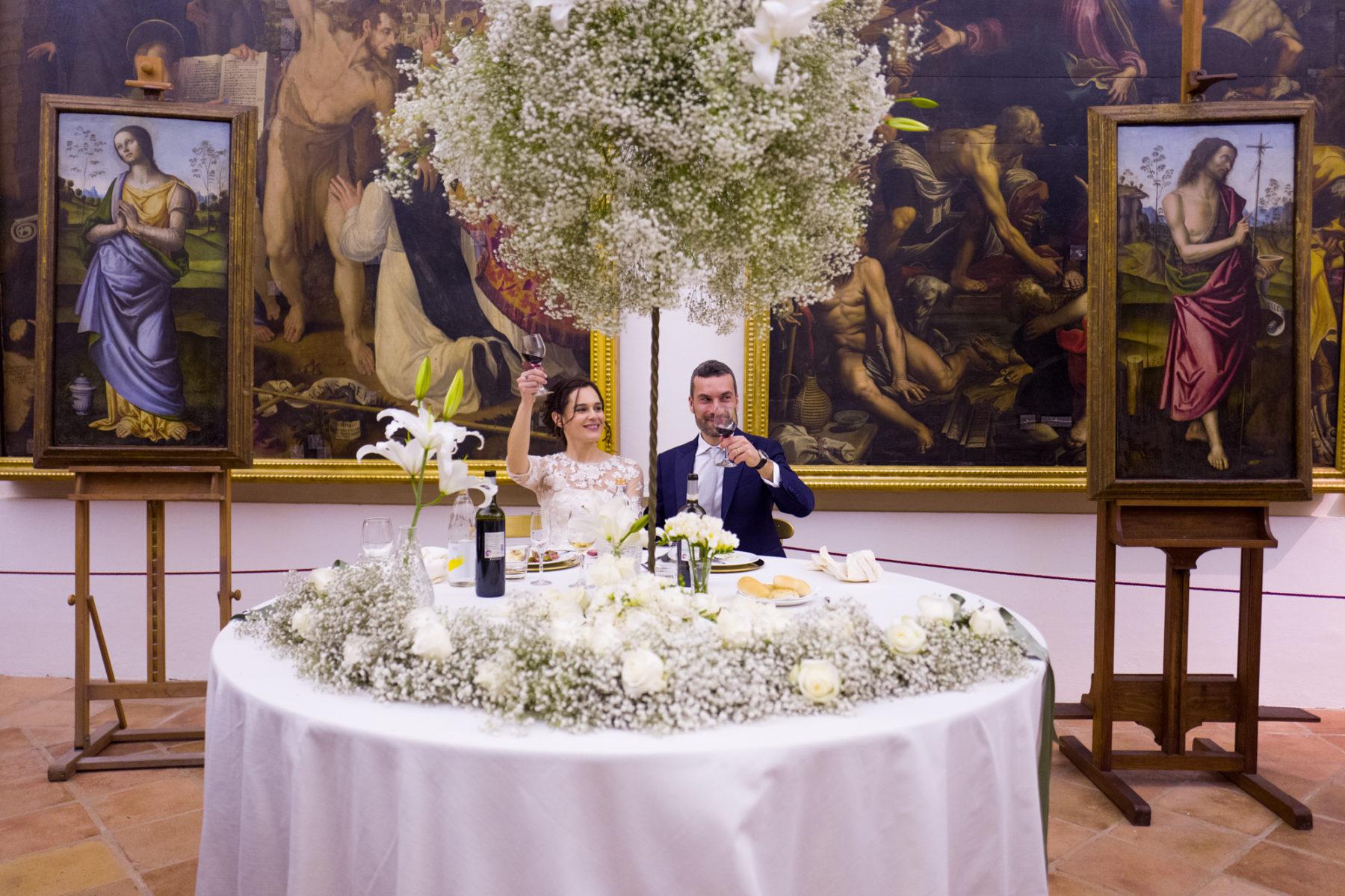 Gli sposi Giacomo e Laura celebrano il matrimonio in Pinacoteca