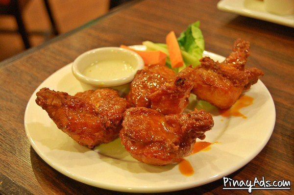 Hog's Breath Cafe - Buffalo Wings
