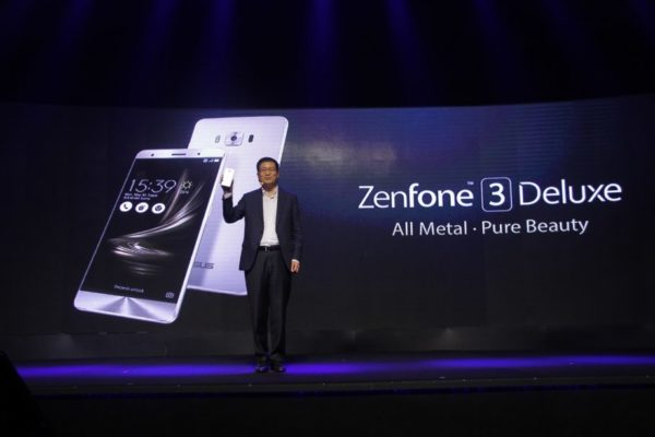 ASUS Global CEO Jerry Shen unveils the new Asus ZenFone 3 Deluxe during the Philippine launch.