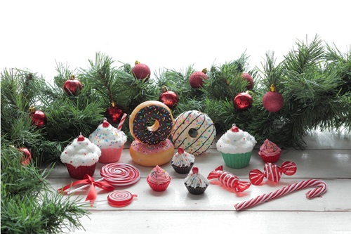 Say it sweet with these Sweet Treats ornaments